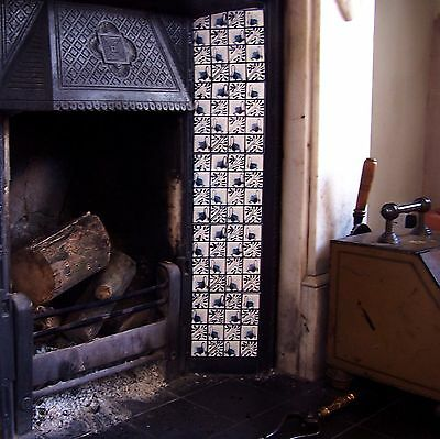 William Morris Swan Fireplace Tiles Set Of 10 Tiles Available In 3 Swan Designs