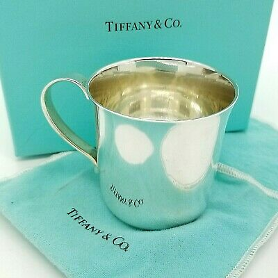 Tiffany & Co. Maker Sterling Silver Classic 2.5'In Child Baby Cup with Pouch Box