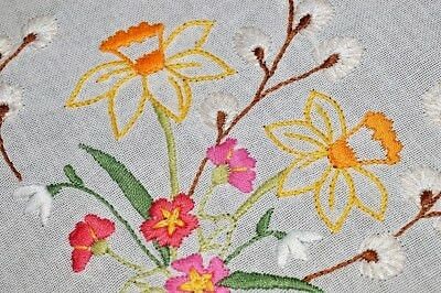 Daffodil Delight & Pussywillow Paradise! Vintage German Spring Hand Tablecloth