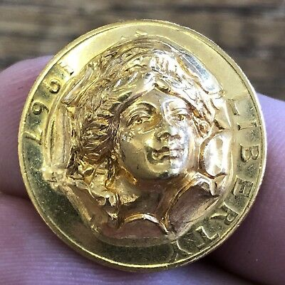 1967 Repousse POP-OUT 3-D Quarter GOLD PLATED Neat Old Estate Find FREE SHIPPING