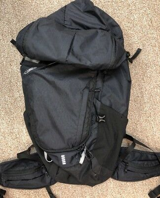 NEW ! COLUMBIA Hiking / Travel Backpack Black