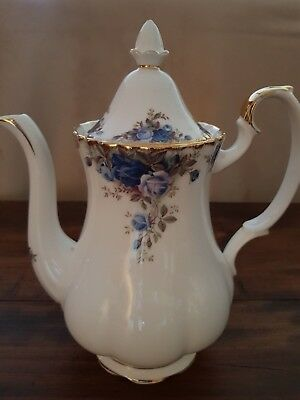 Royal Albert Teapot - Moonlight Rose C1987 - As New Condition