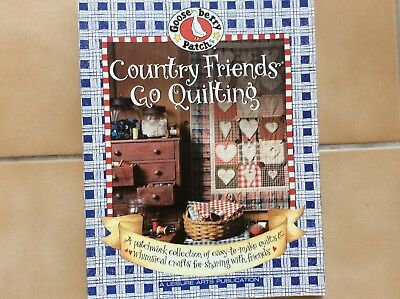 """BOOK """" COUNTRY FRIENDS GO QUILTING""""  by LEISURE ARTS"""