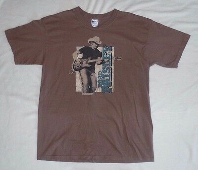 Brad Paisley 2008 tour T shirt, Hershey's presents the Paisley Party, L, brown