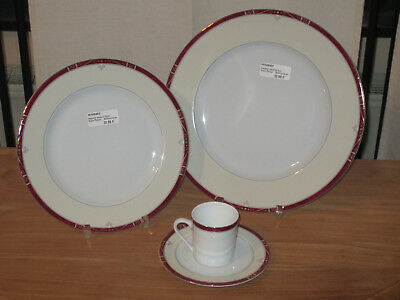 PHILIPPE DESHOULIERES *NEW* SCALA Pourpre 6064 Set 2 Assiettes + 1 Tasse