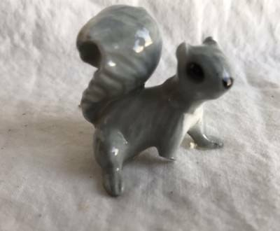 Hagen Renaker Miniature Grey Squirrel Porcelain Animal