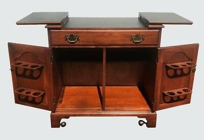 Henkel & Harris Mahogany Chippendale Antique Styled Flip Top Bar
