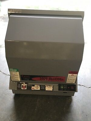 Red Devil Model 1025  - 1 Gal Paint Shaker Mixer. Works Great