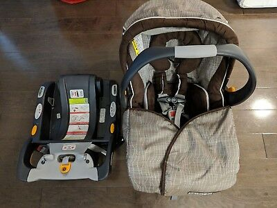 Chicco KeyFit 30 Magic Car Seat Two Bases