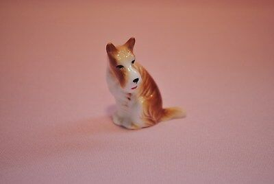 Miniature Collectible Porcelain Wire Haired Fox Terrier Figurine - EXC PreOwned