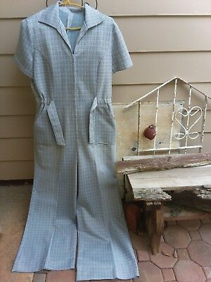 vintage 70's womens jumpsuit with super 13 inch bell bottoms