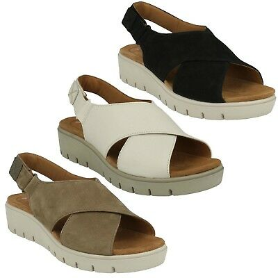 a29c0665d473 Ladies Clarks Unstructured Nubuck Open Toe Riptape Sandals Size Un Karely  Hail