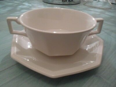 JOHNSON BROTHERS WHITE HERITAGE 9 Inch FRUIT BOWL, SERVING DISH x 2 ...