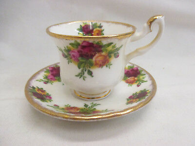 Royal Albert Old Country Roses Miniature Cup Saucer Duo