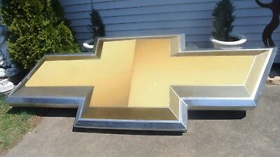 9 Foot Chevrolet Lighted Bowtie Dealer Sign Untested