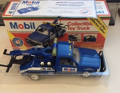 Mobil Tow Truck promotional wrecker model