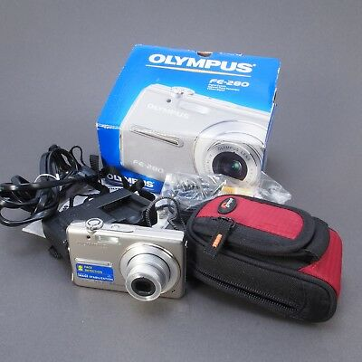 ^ Olympus FE-280 8.0 MP Digital Point and Shoot Camera w/ Box and Extras! 811