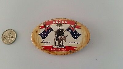 Anzac 'simpson'  Tin  Pin / Badge