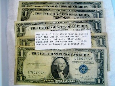 Lot of 5 Blue Seal One Dollar Silver Certificates - 1935D - 4 &1935E - 1