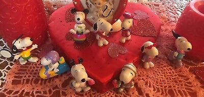 Peanuts Whitman's chocolate Easter and Valentine's day Snoopy figures lot of 9