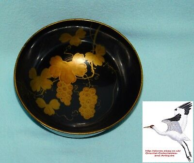 Japanese Black Lacquer Bowl Early 1900s Hand Painted Grape Vine Design