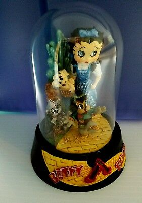 """Betty Boop Wizard of Oz """"Over The Rainbow"""" Glass Domed Figurine Dated 1999"""