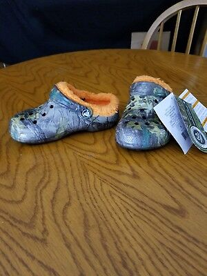 dce1b884fa04 CROCS WINTER REALTREE Xtra Clog Toddler Little Kid