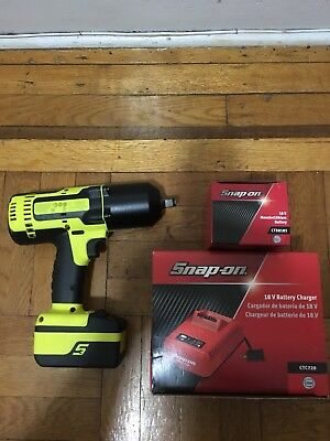 "Snap On CT8850 HV 1/2"" 13mm Impact Wrench Gun W/ CTC720 Battery Charger"
