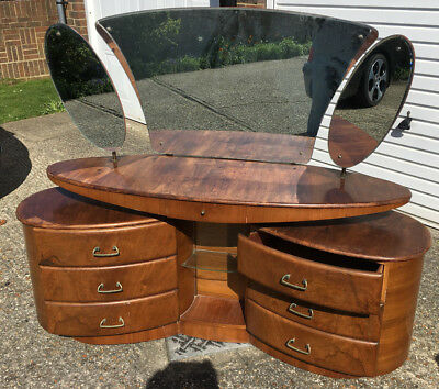 Rare Unique Shaped Vintage/Antique Dressing Table With Triple Mirrors