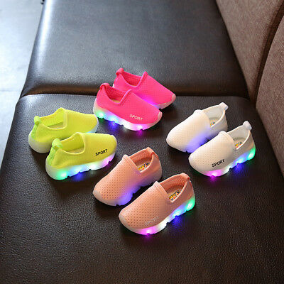 2018 Kids Boys Girls LED Light Up Sports Trainers Luminous Sneakers Shoes Gift