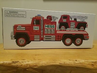 2015 Hess Collectible Toy Fire Truck & Ladder Rescue New In Box!