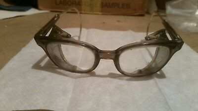 Vintage American Optical AO Sunglasses Safety Glasses w Side shields Cable NOS