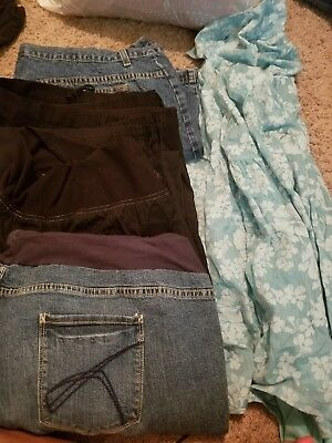 lot of maternity clothing 2x