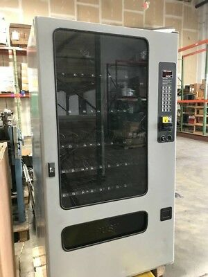 SNACK/ CANDY VENDING MACHINE FSI model 3141