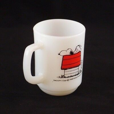 VINTAGE Fire King Anchor Hocking SNOOPY Allergic Mornings Coffee Milk Mug 1976