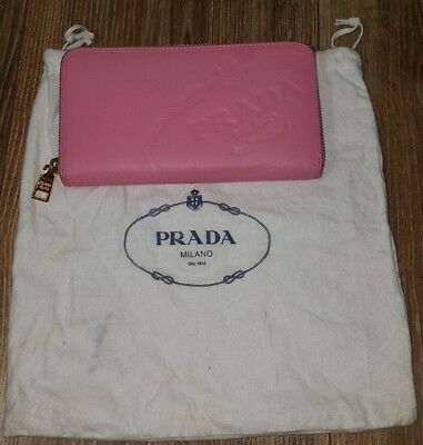 187e0579ff97a7 ... netherlands prada milano womens pink leather gold tone zip around wallet  clutch 83ee3 1765a