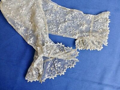 Pair antique cuffs sleeves engageants embroidered tulle lace