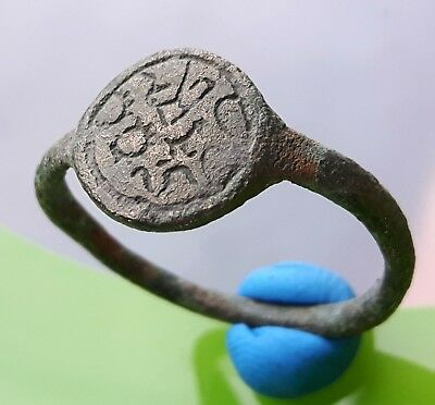 CELTIC ANCIENT BRONZE  RING with ENGRAVINGS !!