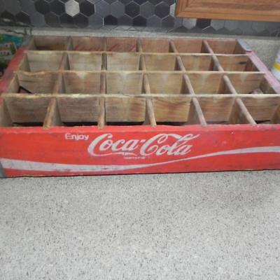 #836 Vintage 24 Count Bottle Divided REd White Coke Coca Cola Wood Carrying Case