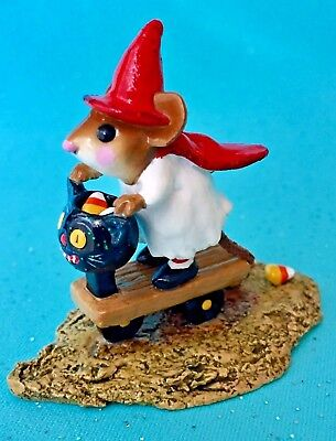 RETIRED WEE FOREST FOLK Mouse M-296 Scootin' with the Loot HALLOWEEN MINT Org Bx