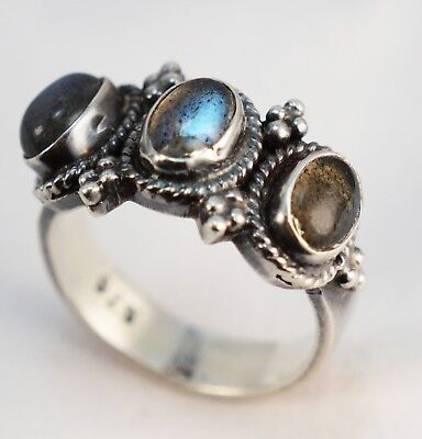 "Vintage  Moonstone with ""Cat's Eyes"" reflection Silver Ring"