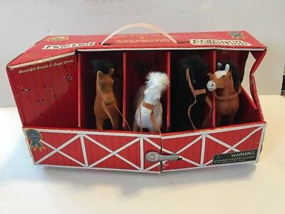 Horse Figures Champion Collection In Barn Set Of 4