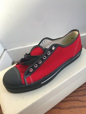 NOS VTG 60s 8.5 Canvas Shoes Cushion Heel House Brand Converse USA RED BLACK
