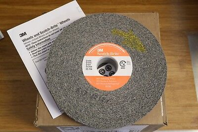 "3M Scotch-Brite SST 6"" x 1"" x 1 Unitized Deburring Wheel 8S Fine Silicon Carbide"