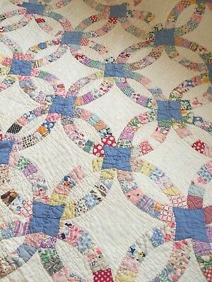 Vintage ANTIQUE Handmade Hand Quilted FEED SACK WEDDING RING  Quilt 81X74