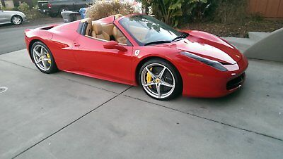 2013 Ferrari 458  2013 Ferrari 458 Italia Spider (Just Serviced.)