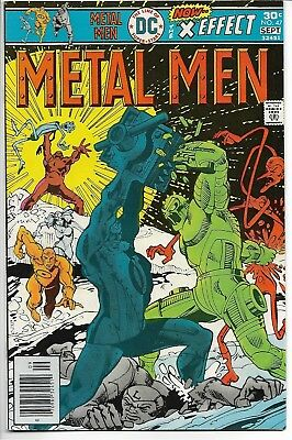 Metal Men #47 Simonson cover DC 1976 Very Fine- (VF-) Bronze