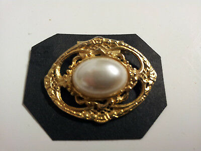 Vintage Scarf Clip Brooch Gold Tone Pearl Bead Horizontal
