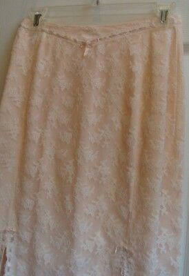 1960  Vintage ACCENTUATE  UNIQUE  Beautiful PINK LACE Half-Slip   SMALL Sexy!