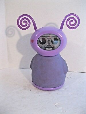 Mattel 2010 Fijit Purple Willa Talking Dancing Electronic Toy